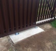 Откатные ворота в пос. Нарочь